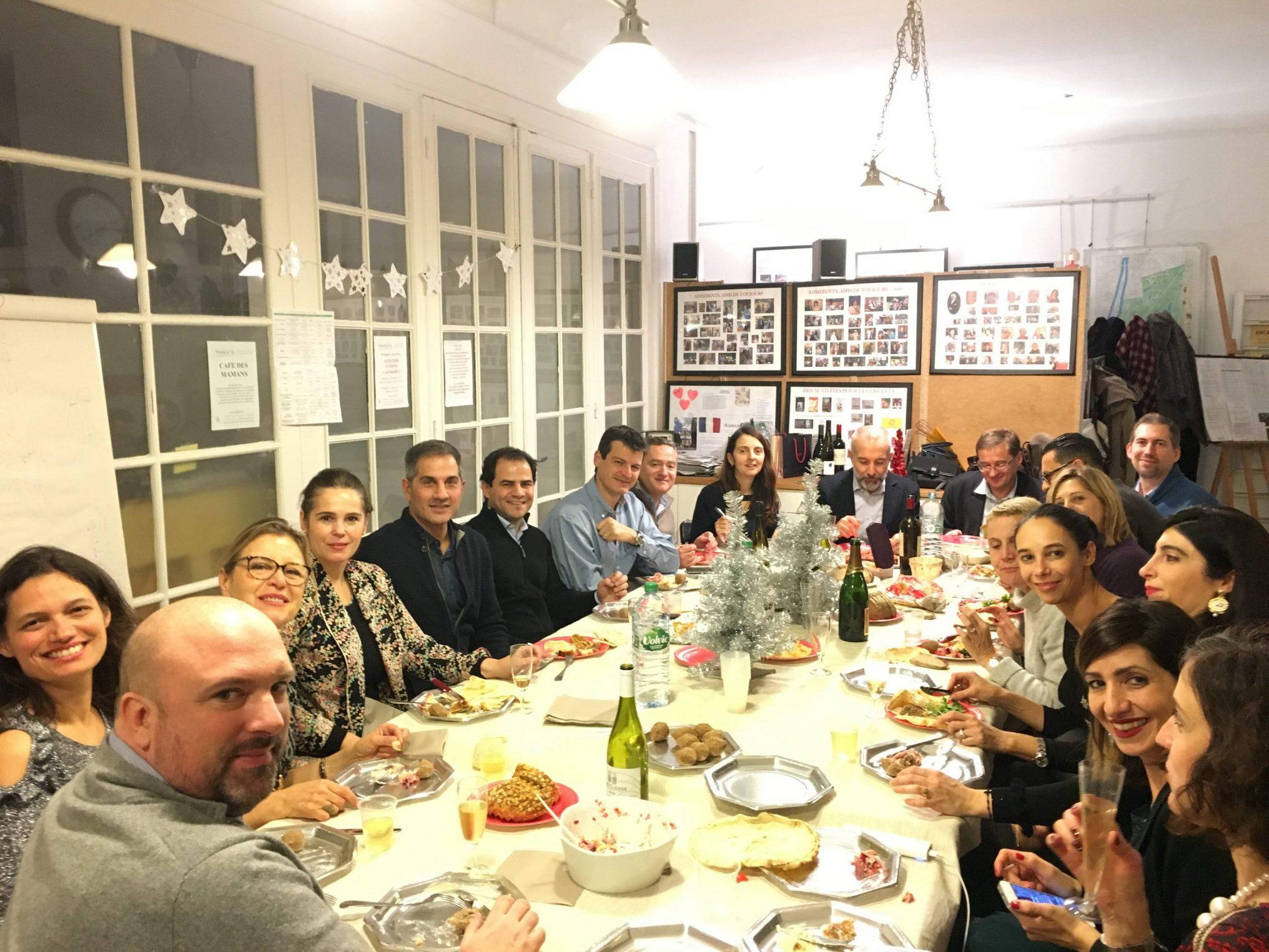 """Diner de Noel du groupe """"Café des mamans"""" AGF 16"""